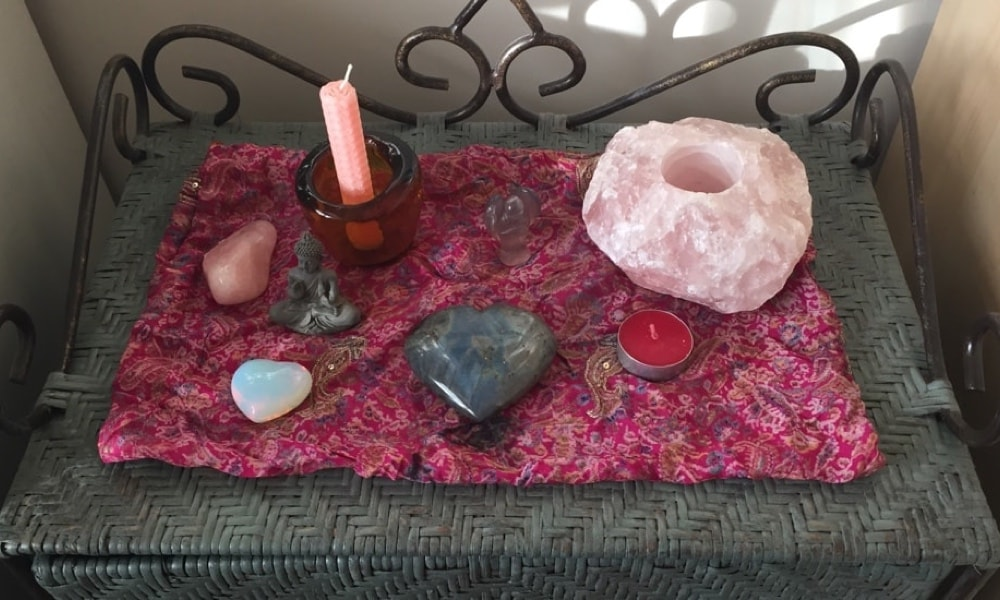 Building a small altar in your home or room to connect spiritually is easy and enjoyable. Firstly clear the space you are going to use with a sage stick or good quality incense or essential oils. Use an area that is private and easily accessible.